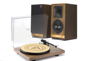 Klipsch + Pro-Ject Debut Carbon walnut turntable & The Sixes speakers